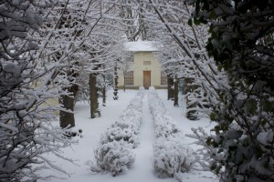 The chapel in thick snow